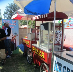 Hot.Dog.Pizza.Food.Carts