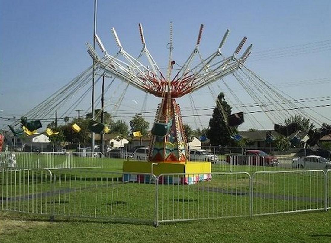 Carnival.Swing.Rides