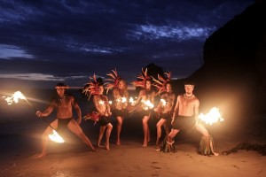 Hawaiian.Fire.Dancers