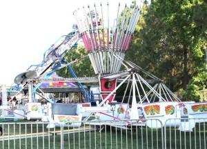 Large.Carnival.Ride-Scrambler