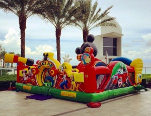mickey_inflatable_rental_1